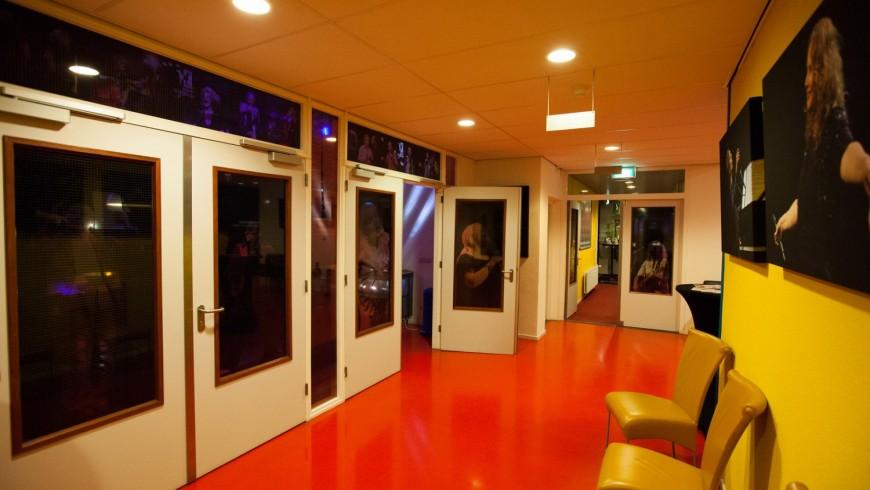 theater_twee_hondjes_foto_jaap_reedijk_i-Z9Vqg5w-X3